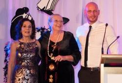 Selwa Anthony with Sassy Winner Mary-Lou Stephens & Paul de Gelder