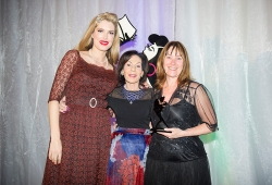 Winner of the Sassy Award for Enthusiasm and Dedication, Shona Martyn from HarperCollins with Selwa Anthony & Tara Moss
